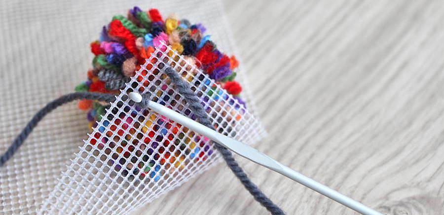 Bekend Zelf een pompon tapijt maken, diy hoogpolig tapijt - Wolnut Blog HA82