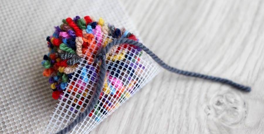Zeer Zelf een pompon tapijt maken, diy hoogpolig tapijt - Wolnut Blog YR43