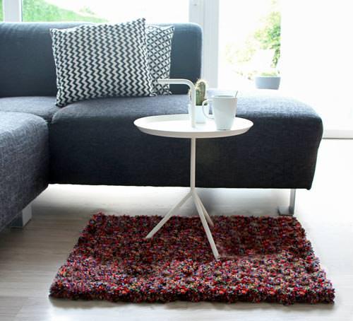 Zelf een pompon tapijt maken, diy hoogpolig tapijt