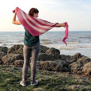 Piper, asymmetrische grafische alpaca sjaal